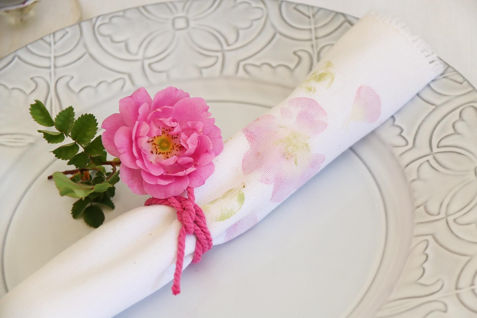Diy: Blommiga servetter