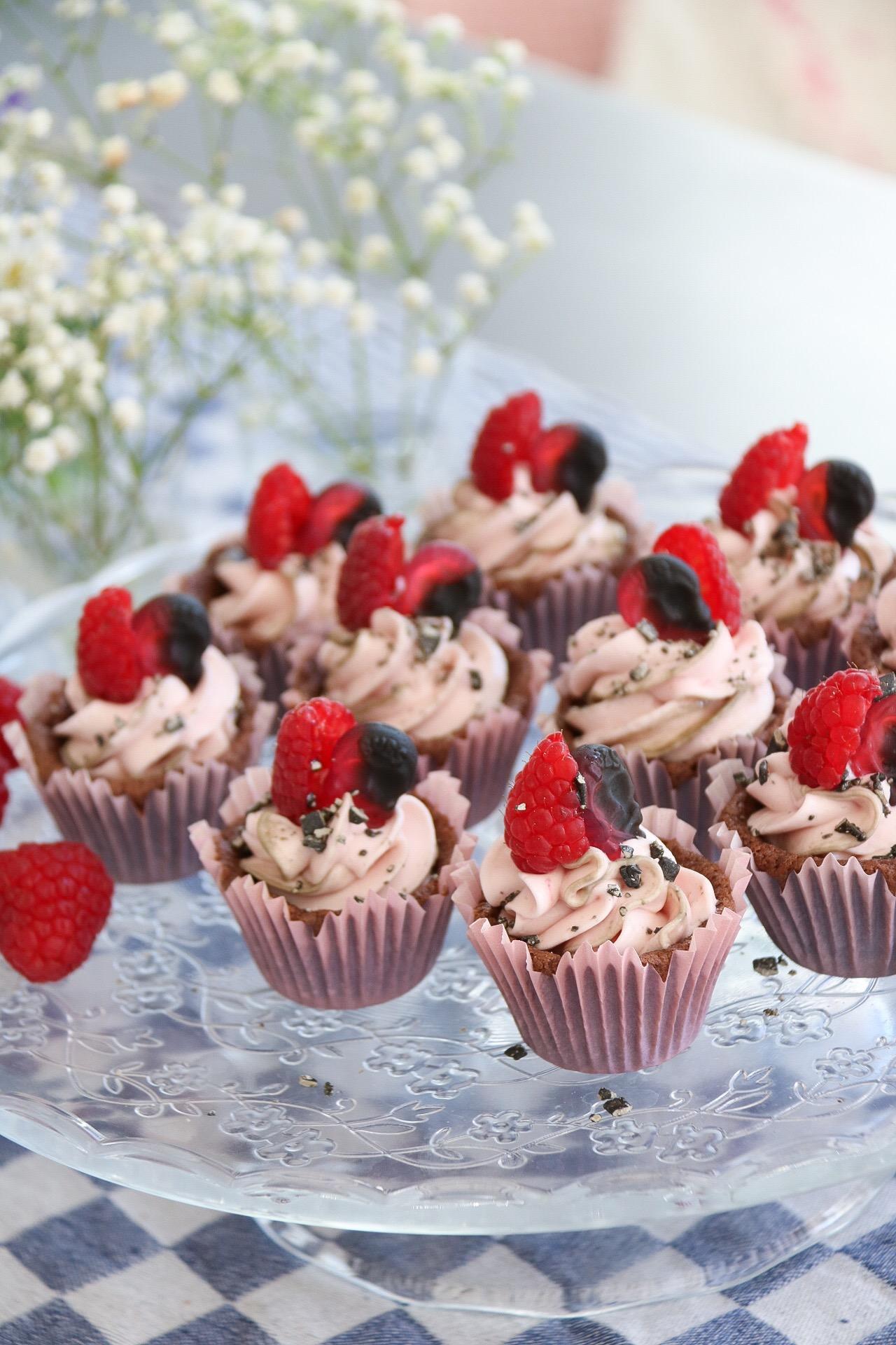 Hallonskalle cupcakes