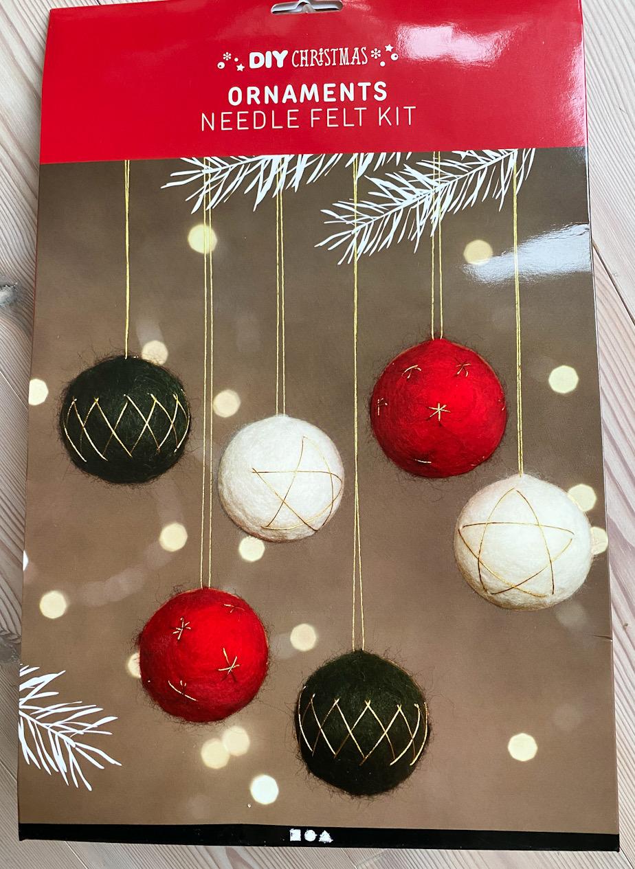 Julkulor av ull