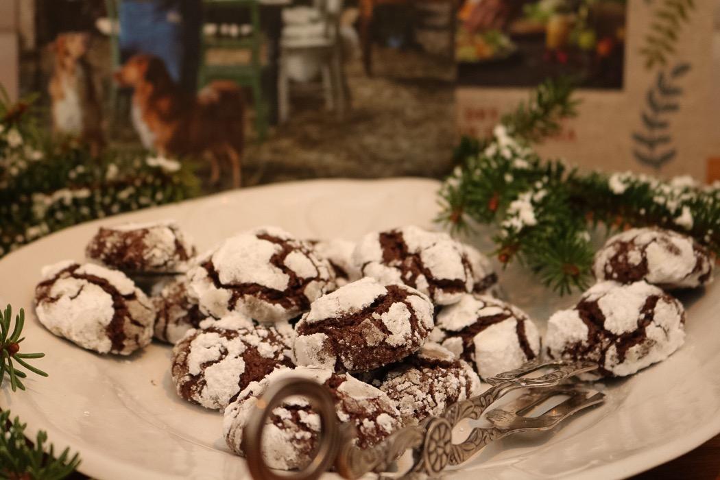 Snötäckta chokladkakor