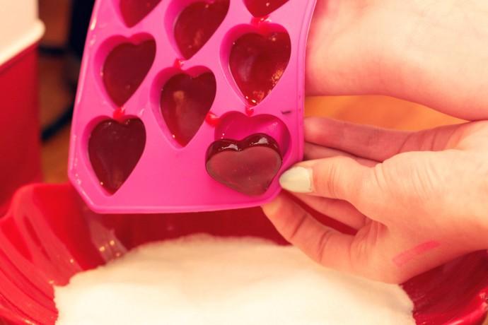gelehjärtan i hjärtask