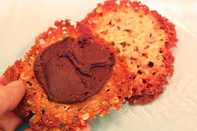 havreflarn med chokladkräm