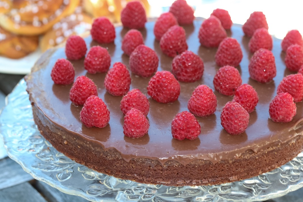 Chokladkolatårta