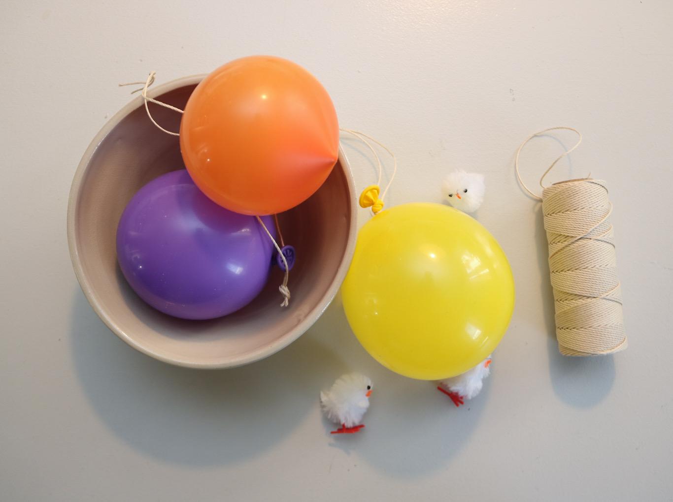 Papier-maché ägg