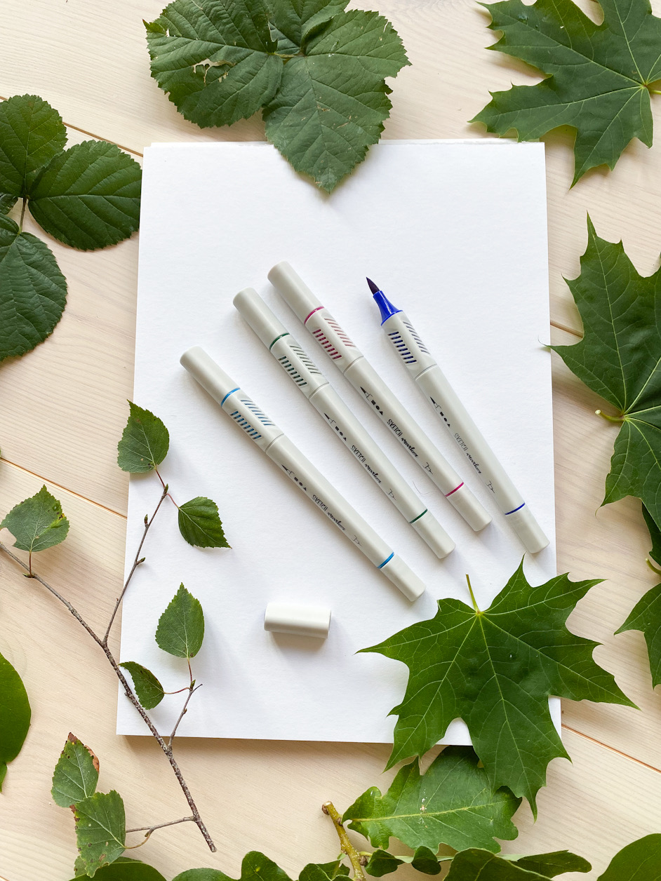 Löv, papper, tuschpenna