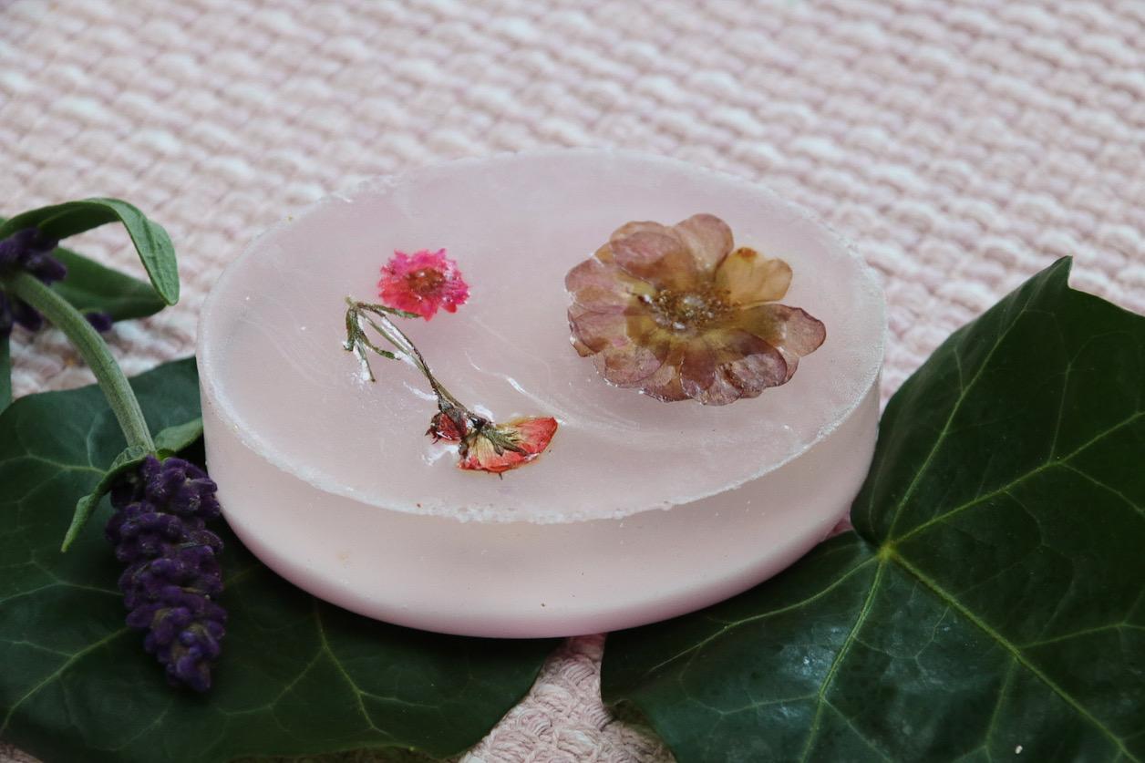 Tvål med blommor